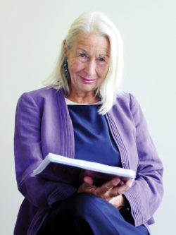 Dr. Ute Karin Höllrigl